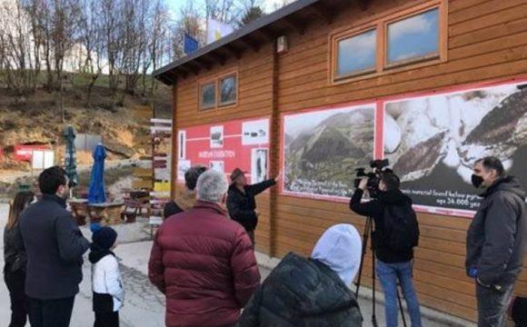 Bosanska dolina piramida: Druženje s medijima, promocija Vispakove čokolade i nastup 'Tregera'